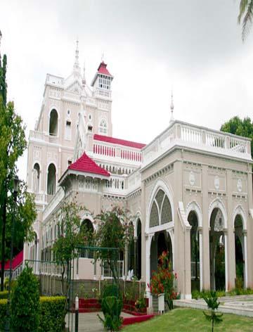 Aga Khan Palace Escorts Service